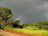 Immagine visto Arcobaleno visto da strada illuminata meglio del cielo