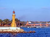 Immagine faro Faro in paesaggio romantico mozzafiato